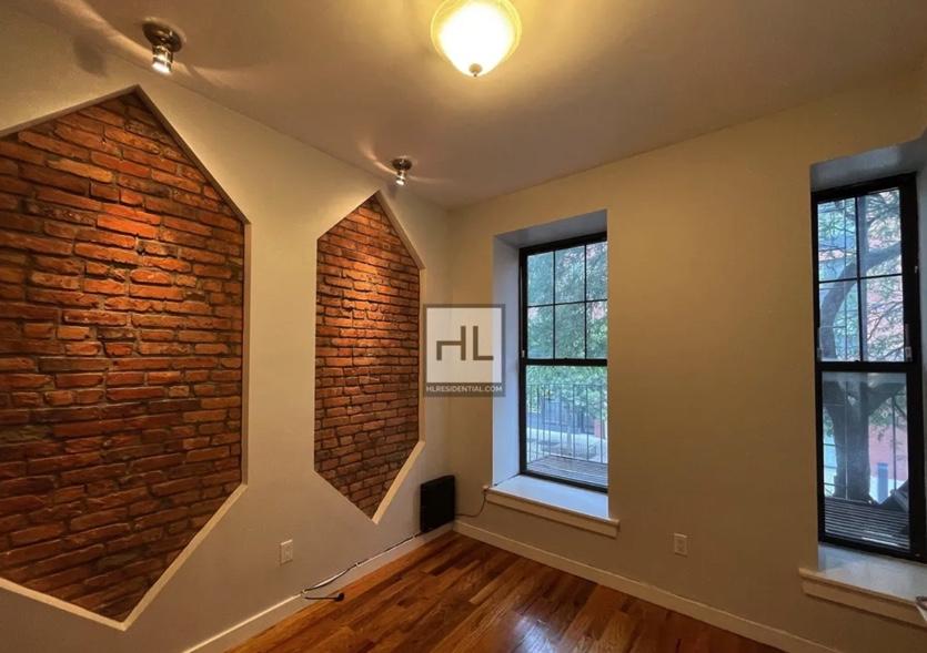 apartment photo of empty room