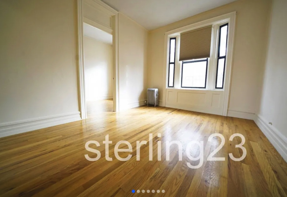 apartment listing photo of empty bedroom space